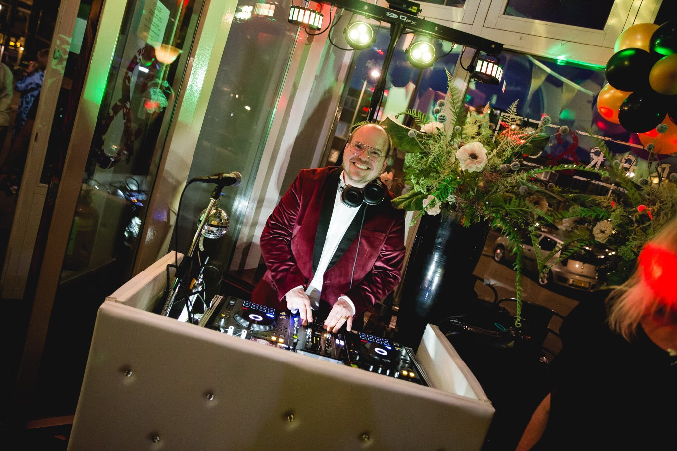 Disco Royaal DJ Partyjock Entertainer Dimitri Visch DiscoRoyaal