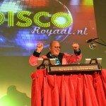 DJ voor Rotterdam en omstreken. Disco DJ 70's, 80's, foute hits en een (inter) actieve DJ. Altijd feest bij DiscoRoyaal.nl partyjock Dimitri Visch DJ Rotterdam Disco Royaal DiscoRoyaal